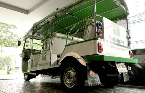 Tuk-Tuk Shuttle at Holiday Inn Bangkok Sukhumvit